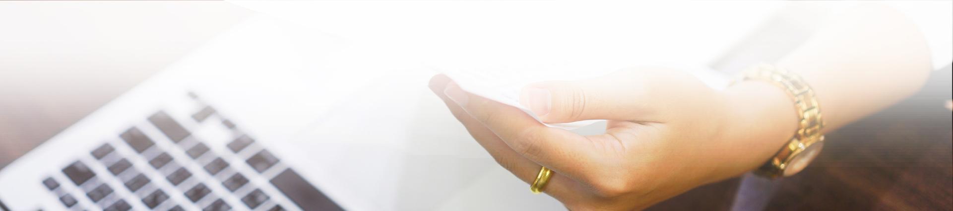 ręka z zegarkiem